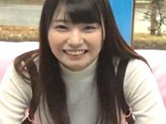 良い笑顔でおっぱいもでかい! 文句なしのS級素人ちゃん招いて童貞卒業企画