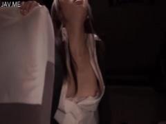 媚薬 野外 夜行バスで媚薬盛られた女子大生は一瞬でチンポ汁を欲しがる淫...