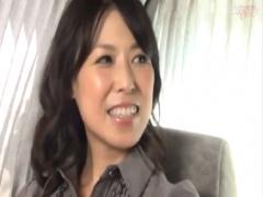 人妻ナンパ 48歳アンケおば様 電マ足ピンイキ 生ハメ顔面射精 お掃除フェラ