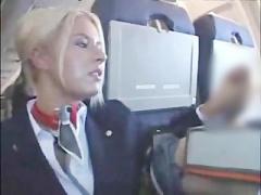 外国人の客室乗務員が機内でデカチンポ見せつけられ特別サービスをする!