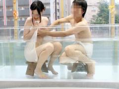 マジックミラー号 友達同士の男女大学生2人にMM号温泉で過激ミッションに...
