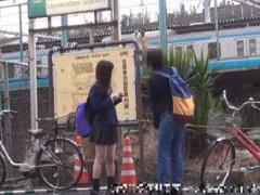 リアル援交盗撮 実録…激ヤバ! ネットで噂の某駅前の立ちんぼJKをラ...