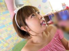 ショートカットの激かわ巨乳お姉さんが度重なるイラマチオで喉奥を犯され...