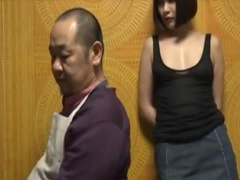 ヘンリー塚本 私父さんになら何をされても平気…熟女巨乳人妻の母を押しの...