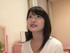 人妻看護師みほ 28歳 心優しい素人奥さんが童貞君を生中出しで筆おろし!