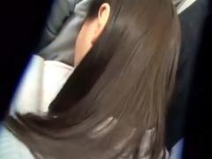 本物痴漢 本日のターゲットはこちらの黒髪美少女JKです。実際に電車の中で...