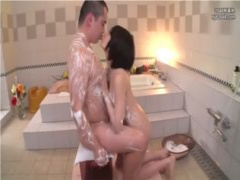 ソープに行きたくなる動画! 関西弁で可愛いソープ嬢と恋人のようなイチャ...