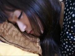 無修正 10代の女の子に睡眠薬でグッスリな所を生ハメした様子の素人投稿
