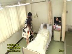 入院中の性処理をお見舞いに来た叔母にお願いしたらこっそりぬいてくれた!...