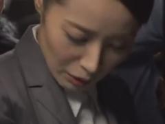 バスで帰宅中の熟女OLをレイプ痴漢しちゃう動画