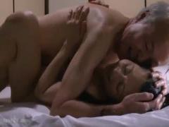ヘンリー塚本 夫の性液を体内に流し込む喜びを感じています…閉経を迎えた...