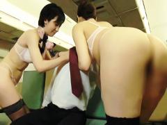 お客様に極上の癒しを提供するCA、フライト中の機内で3Pハーレムご奉仕セ...