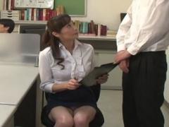 五十路の熟女教師 暴れん坊な生徒たちの激悪ワイセツ行為に耐えられるのかww