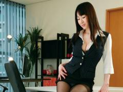 キャリアOLの逆セクハラにオフィスは淫臭を放ち常に悶々としながらも快楽...