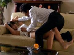 プータローの義兄に優しく接していた人妻が襲われ犯される