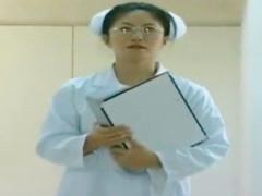 ヘンリー塚本 威厳のある看護師長が職権乱用し患者を逆レイプ!