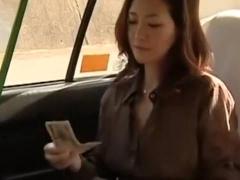 ヘンリー塚本 こんなにたくさん困りますよ奥さん...巨乳人妻がタクシー運...