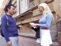 外人ナンパ 街中でブロンド美人を捕獲! 日本のチンポが挑戦するw