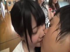 関西弁ママ友集団、王様ゲームで童貞をからかい筆下ろし乱交中出しセック...