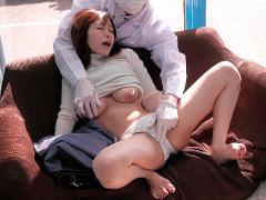 人妻ナンパ 元CAの美人奥さまが乳首マッサージでイカされまくる!