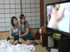 僕らの部屋でドスケベな映像を見にきた女子達が勝手に鑑賞会! いつも女子...