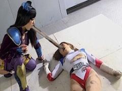 ヒロイン陵辱 美脚ハイレグの正義のヒロインの悪の女幹部さん触手に陵辱さ...