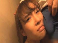 肉便器JK! チンコを顔面に押し付けられ喉奥イラマチオ!
