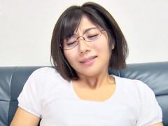 メガネ腐女子…麻〇ゆま激似じゃねえか ^^ ジミ~~な小娘がドМに調教されち...