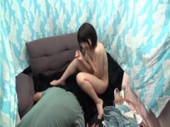 静岡産美少女のホットパンツとちっぱい白ブラがかわいすぎる! !