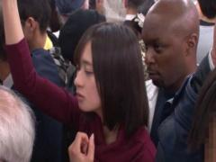 膣内射精 か弱い日本人女性が巨根を持つ外人に襲われてパコられる!