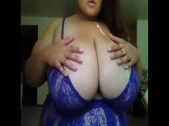 超乳素人がえげつない乳房を見せつける! 跳ねまくるデカパイは乳フェチ必見!