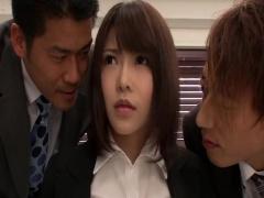 巨乳の真面目なOL美女がオフィスで発情した男達に敏感乳首を吸い付かれる