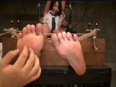 美少女JKを拘束してくすぐり拷問に呼吸困難からのイラマチオ調教{スク水}