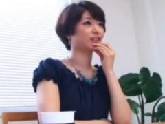 川上奈々美さんその凄テク見せて下さい! 暴発チ○ポも復活させて連射させる...