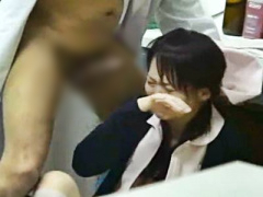 ナース×強姦 先生できません! 診察室で医師に無理やりフェラチオさせられ...