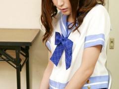 女子校生 激カワ美少女! スレンダーで美乳おっぱいな可愛い制服JK 美女の...