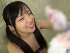 女子校生の男性器洗体アルバイト