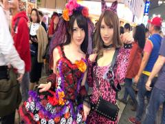 渋谷のハロウィンでナンパ ピンク女豹の巨乳ギャル&小悪魔セクシーな美女...