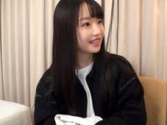 サラサラ美髪の童顔美少女女子大生ゆうなちゃんがピクピク痙攣ピストンイキ!