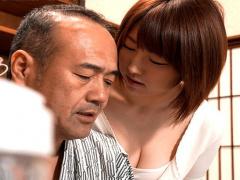 お義父さん、お願いします! 夫が忙しくて性欲ムンムン巨乳嫁が義父を誘惑...