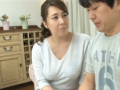 妊活中なのに、同居中の義母にザーメンを横取りされてしまう