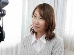 前川美鈴 三十路 32歳 の人妻AV初撮りドキュメント ️ 肉感スレンダー美人...