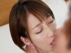 岡村麻友子 三十路 34歳 の人妻AV初撮りドキュメント 激しいのが好きと言う巨乳な主婦が中出しセックス