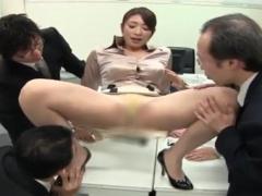 むちむちベージュパンストで疲れた男性社員を癒す長身巨乳の女社長! 性処...