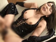 Eカップのセクシー美巨乳のボンデージ美女がねっとりフェラの後、巨根で絶...