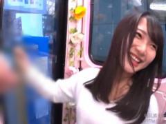 素人ナンパ 笑顔が可愛いお嬢様JDの初めてのセルフイラマチオ デカチンを...
