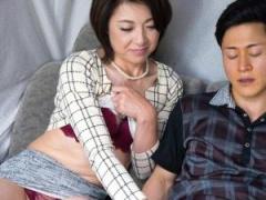 熟女が恥らうセンズリ鑑賞! ! ドスケベ全開で相互オナニー開始w