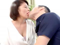 五十路デビュー 50歳越えても衰えない性欲! 淫乱美熟女が人生初の公開SEX...