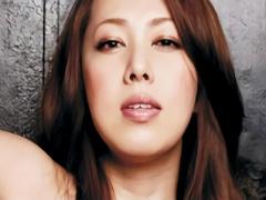 むっちり豊満巨乳美熟女が初めてのドキュメンタリー映像に出演! 暗がりの...