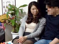 32歳のおばさん熟女がナンパ師に期待の視線を送るwwヤリ部屋sexで人妻の膣...
